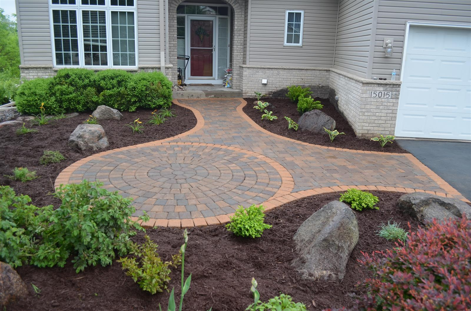 burnsville front entry patio